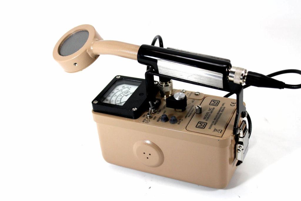 Ludlum Model 3 with GM Pancake Detector